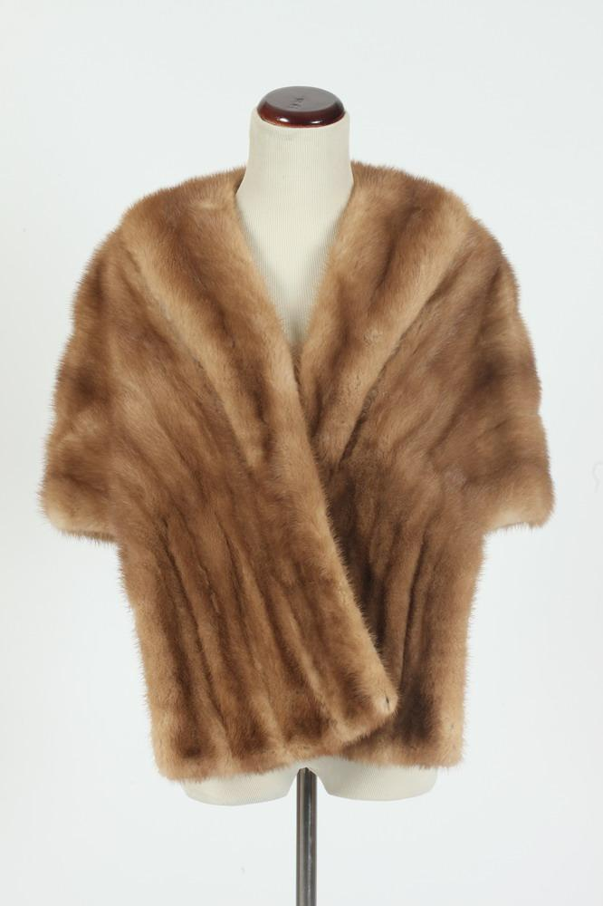 VINTAGE CARAMEL BROWN FUR STOLE FROM THE HUB,