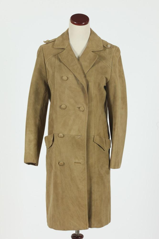 VINTAGE BEIGE SUEDE COAT, size small.