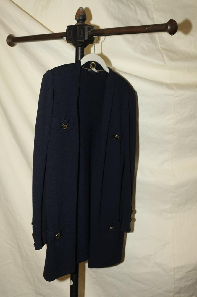 ST JOHN NAVY BLUE CARDIGAN WITH GOLD-TONE BUTTONS. size small/medium.