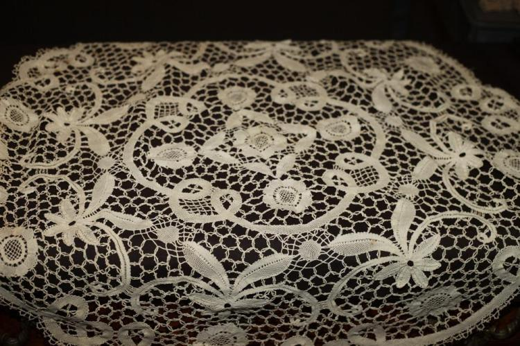 VINTAGE HAND-MADE ROUND LACE TABLECLOTH AND SQUARE COTTON TABLE COVERING,