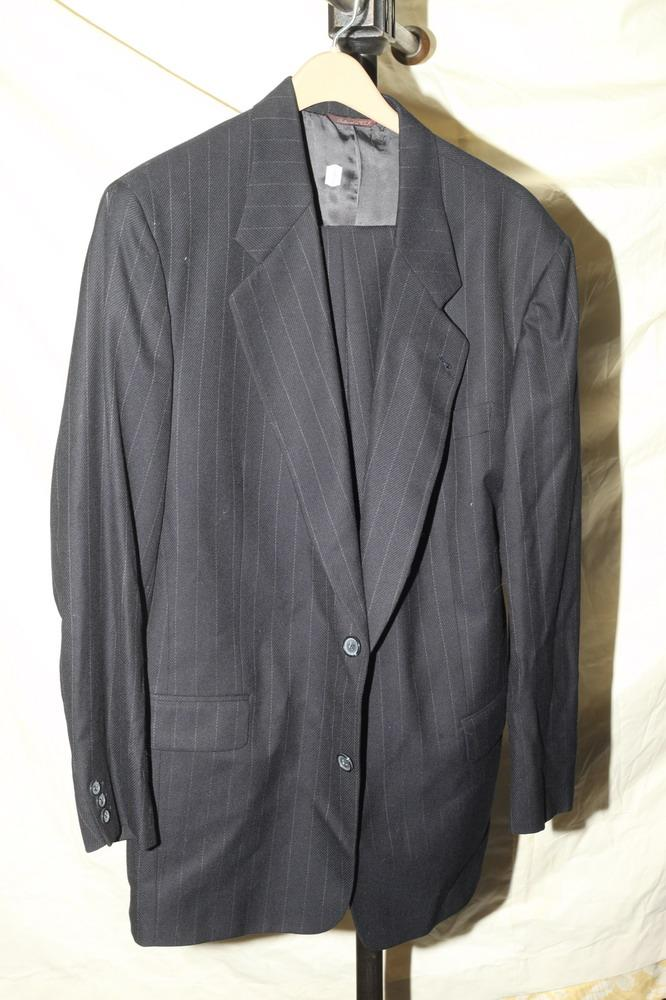 MEN'S GREY PINSTRIPE SUIT.