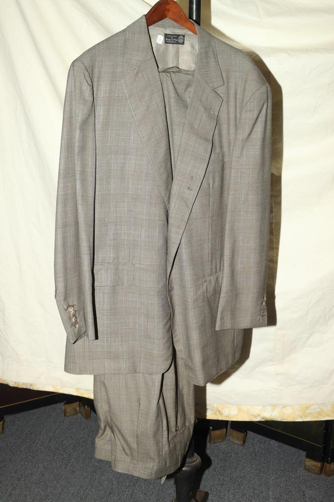 MEN'S BLACK, WHITE, BROWN PLAID SUIT.