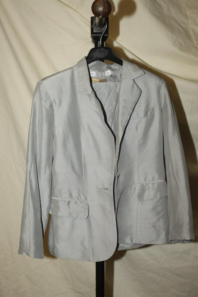 ARMANI COLLEZIONI GREY SUIT AND PATRICK CHRISTOPHER GREY SUIT, Jacket size 4, pants size 6.