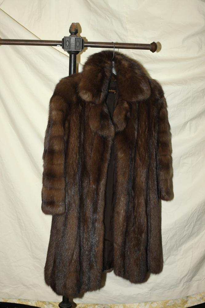 CHRISTIAN DIOR SABLE 3/4-LENGTH COAT, RETAILED BY GARTENHAUS. size medium.