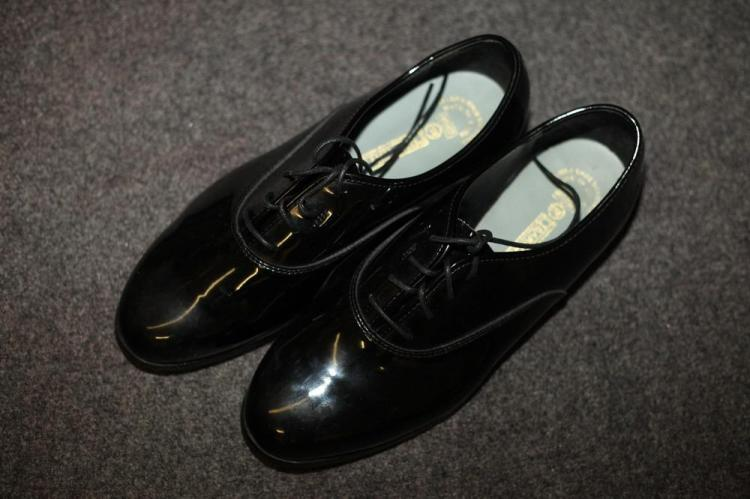 MEN'S TUXEDO DRESS SHOES. size 12w.