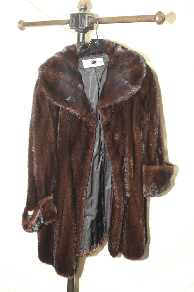 BLACK DIAMOND MINK BRAND DARK BROWN FUR COAT.