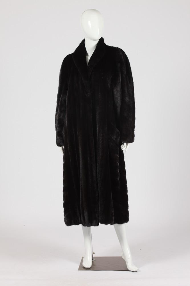 DENNIS BASSO COUTURE BLACK MINK COAT. Size small.