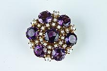 14K YELLOW GOLD, AMETHYST AND CULTURED PEARL STYLIZED CROWN DESIGN PIN/PENDANT.