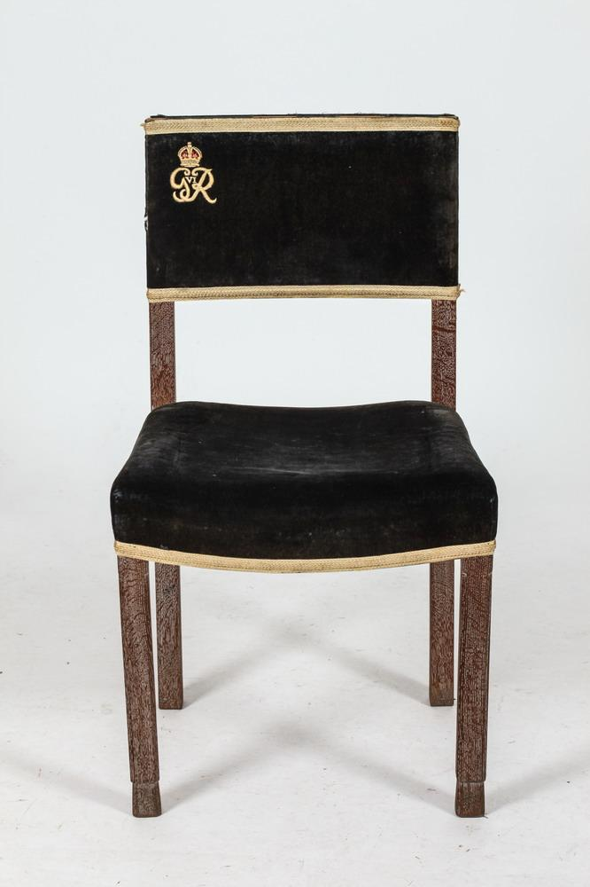 Etonnant PEERS CHAIR FROM THE CORONATION OF KING GEORGE VI IN WESTMINSTER ABBEY,  1937. English