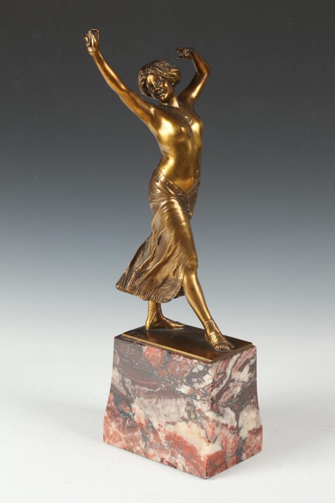 FRANZ PELESCHKA. (Austrian, b. 1873). TANZENDE MIT KASTAGNETTEN, signed. Gilt bronze.