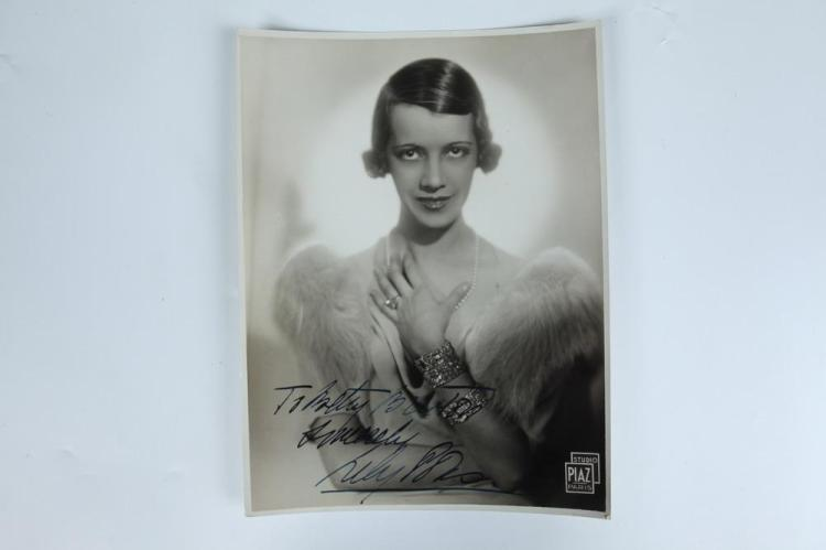 SIX ASSORTED 20TH CENTURY AUTOGRAPH-SIGNED BLACK AND WHITE PHOTOGRAPHS OF FEMALE SCREEN STARS.