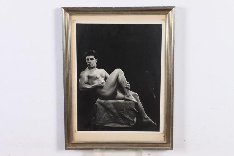 LON OF NEW YORK, NUDE PORTRAIT OF SANTO LEONE, circa 1940's. - 13.25 in. x 10 in.; framed, 17.5 in. x 13.5 in.