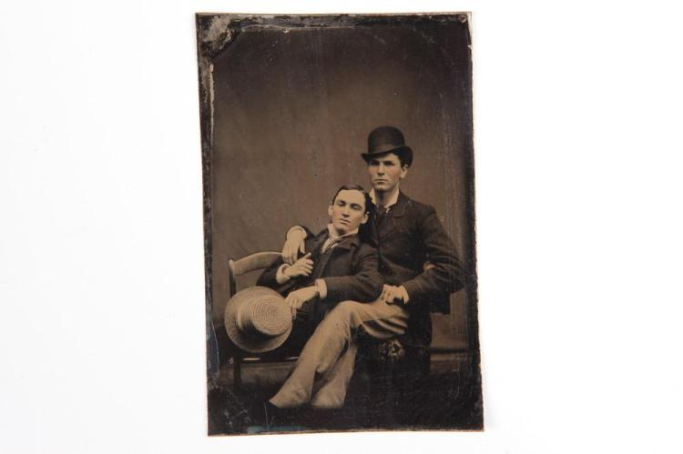 TINTYPE OF TWO MEN POSED TOGETHER, GAY INTEREST, circa 1875-80. - 3.5 in. x 2.375 in.