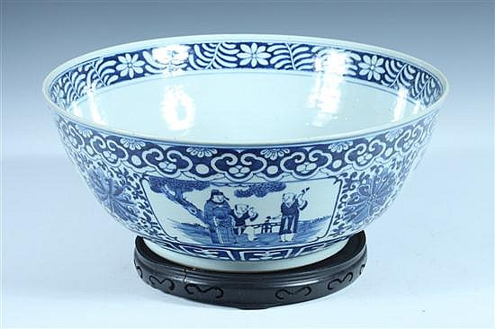 CHINESE BLUE AND WHITE PORCELAIN BOWL, 19th century. - 16 in. diam.