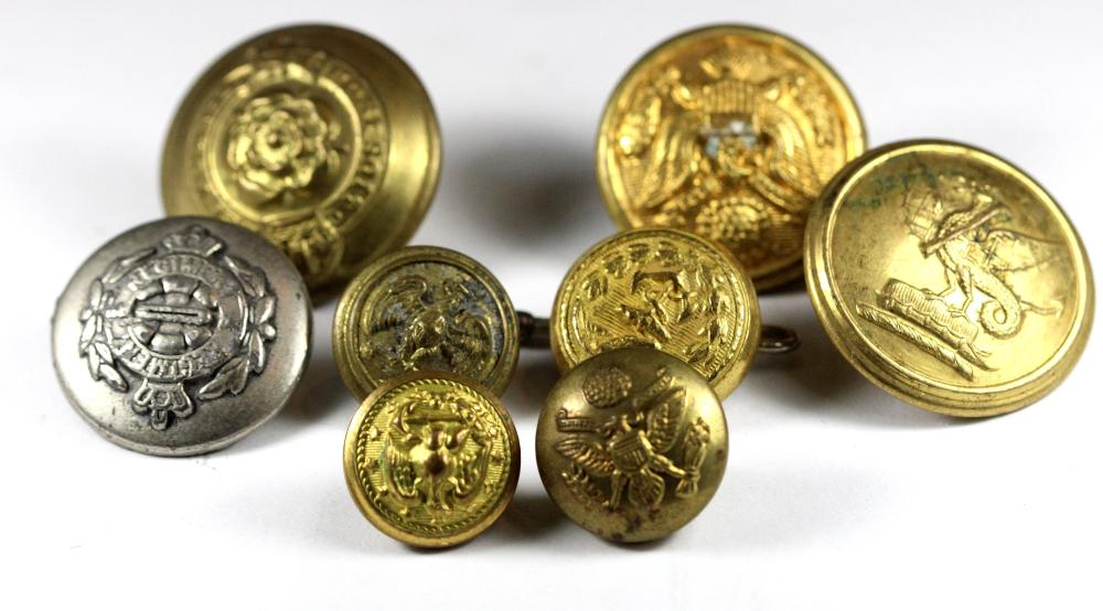 WWII. Military Buttons (8 various)