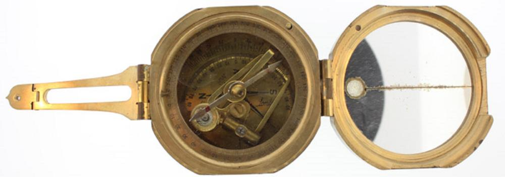 WWII Military Field Compass/Range Finder, in good condition