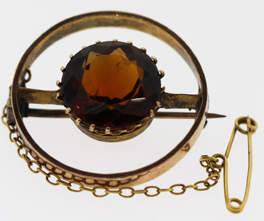 Vintage Citrine Brooch in 9ct Gold with a 14ct Gold Safety Chain
