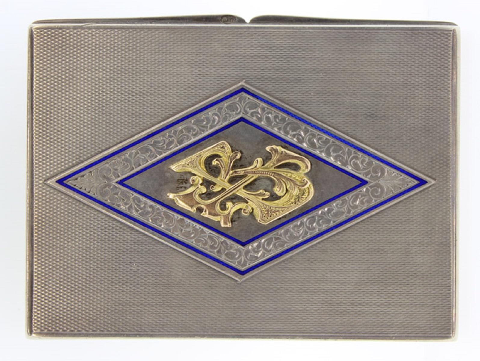 Antique Silver (0.900) Card or Cigarette Case with central design in Gold