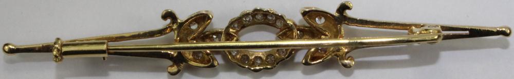 Diamond-set 18ct Gold Pin