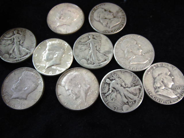 10 PRE 1965 MIX OF FRANKLIN AND KENNEDY HALVES