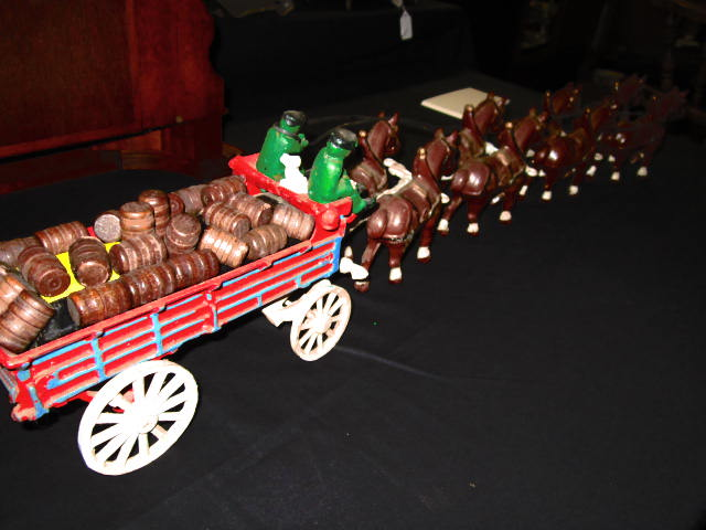 BUDWIESER CAST IRON WAGON AND CLYDESDALE