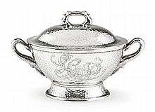 AN AMERICAN SILVER SOUP TUREEN AND COVER, TIFFANY & CO., NEW YORK, CIRCA 1880 |