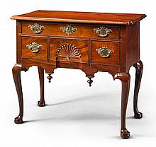 VERY FINE QUEEN ANNE CARVED AND FIGURED MAHOGANY DRESSING TABLE, SALEM, MASSACHUSETTS, CIRCA 1750 |