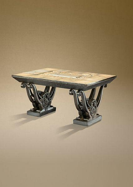 - Raymond Subes, 1893 -1970 , Table de milieu éclairante, vers 1925-1931 A patinated wrought iron and black marble table with illuminating alabaster top, by Raymond Subes, circa 1925-1931