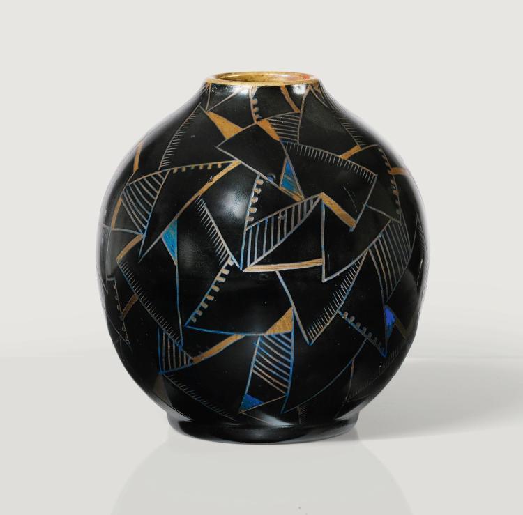 ALEXANDRE NOLL | Vase, circa 1925