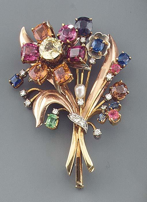 A CULTURED PEARL AND GEM SET BROOCH DUTCH