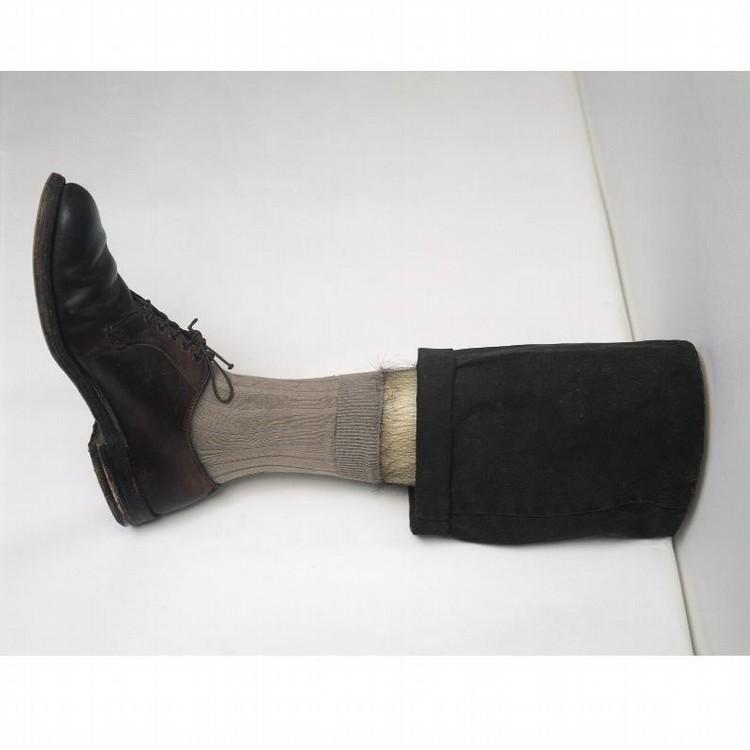l - ROBERT GOBER B. 1954 UNTITLED LEG