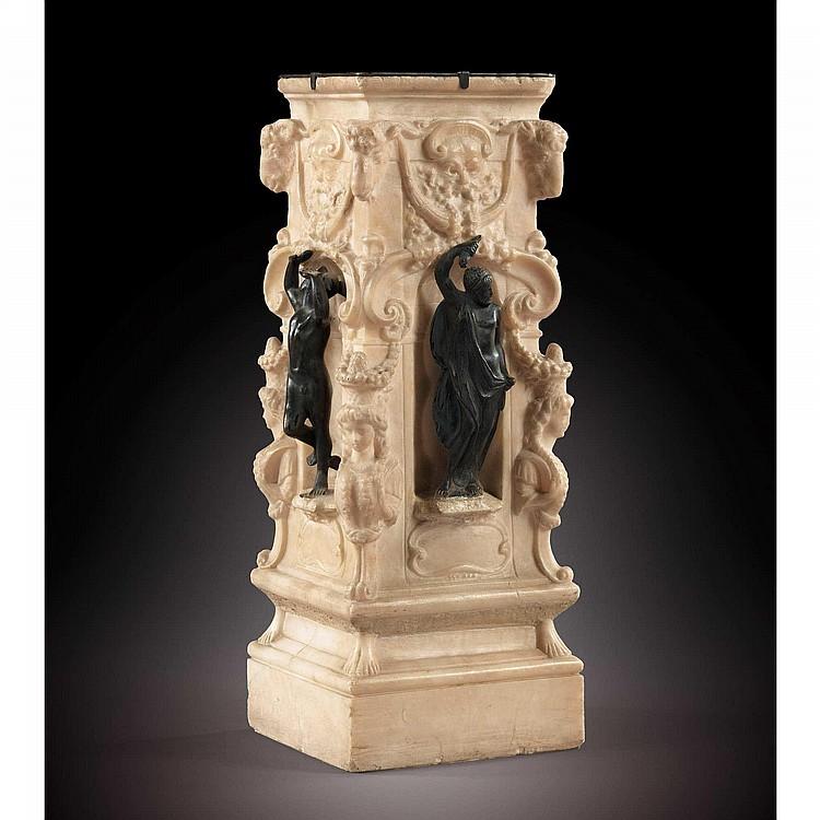 SOCLE EN ALBÂTRE ET EN BRONZE D'APRÈS LE MODÈLE DE BENVENUTO CELLINI (1500-1571)