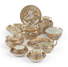 A DERBY GOLD-GROUND PART TEA SERVICE<BR>CIRCA1820 |