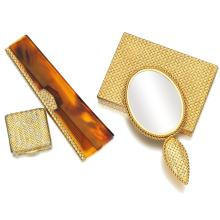 COLLECTION OF VANITY ITEMS, VAN CLEEF & ARPELS AND A PILL BOX, 1960S