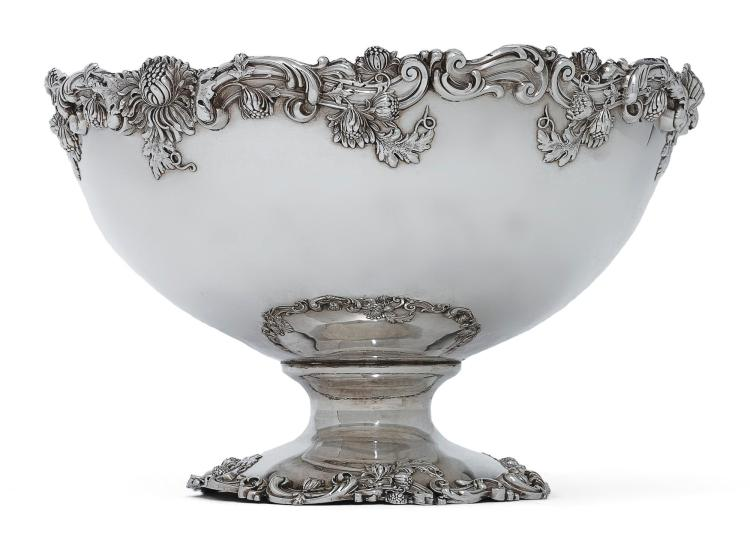 AN AMERICAN SILVER PUNCH BOWL, BAILEY, BANKS & BIDDLE, PHILADELPHIA, CIRCA 1900 |