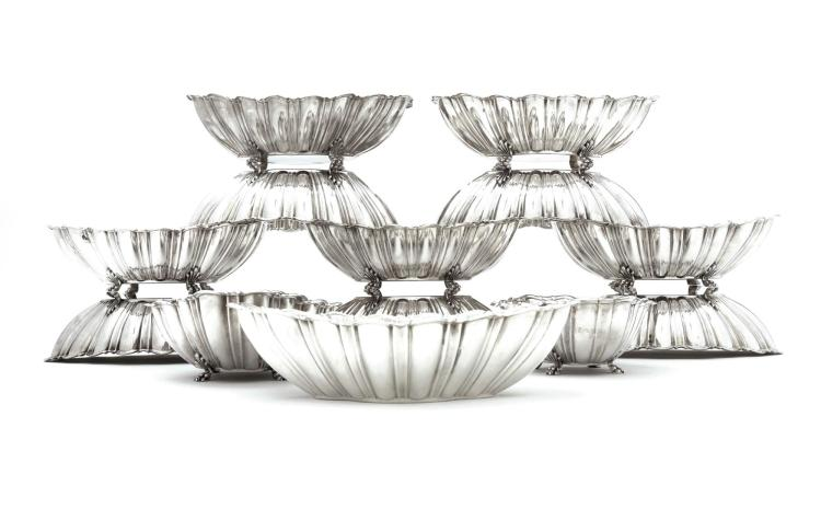 AN ASSEMBLED SET OF TWELVE AMERICAN SILVER CENTERPIECE BOWLS, REED & BARTON, TAUNTON, MASS., 1947-1956 AND LATER  
