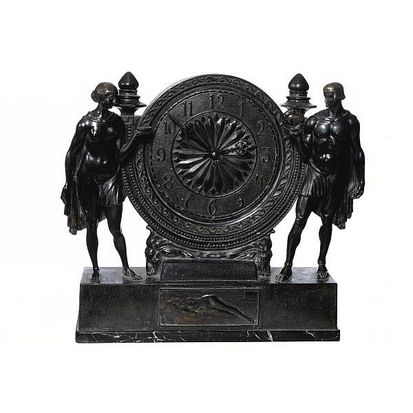 Anton Grath b. 1881 A GERMAN ART DECO PATINATED BRONZE MANTLE CLOCK   TYSKLAND, CIRCA 1925 Bronze