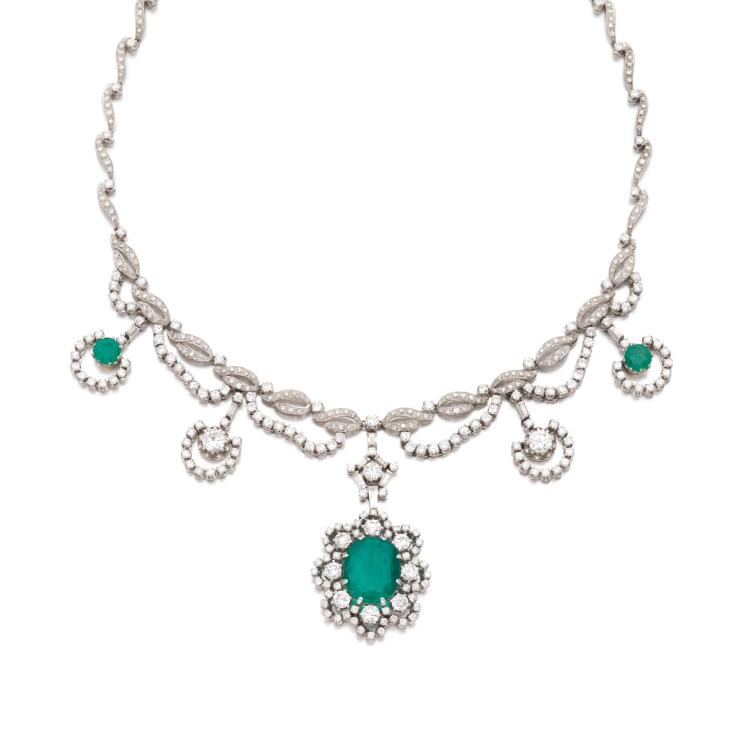 EMERALD AND DIAMOND NECKLACE, 1960S