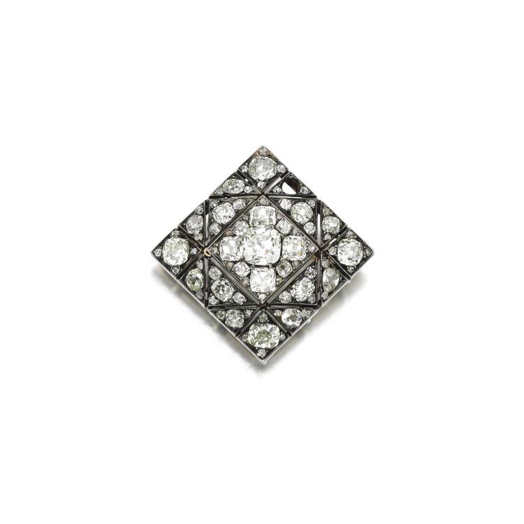 DIAMOND BROOCH, VEVER, LATE 19TH CENTURY
