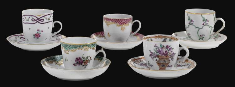 A COLLECTION OF COZZI COFFEE CUPS AND SAUCERS, CIRCA 1765-75 |