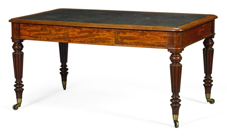 A WILLIAM IV MAHOGANY LIBRARY TABLE BY GILLOWS, CIRCA 1840 |