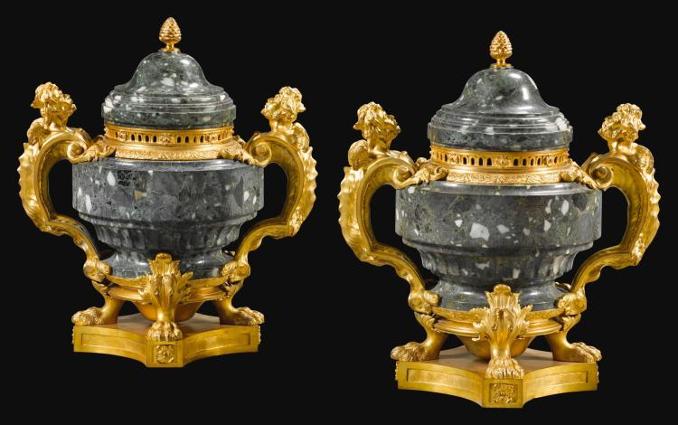 A PAIR OF RÉGENCE STYLE GILT-BRONZE MOUNTED GREEN MARBLE VASES  LATE 19TH CENTURY |