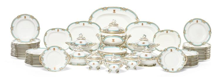 AN EXTENSIVE ENGLISH PORCELAIN MONOGRAMMED DINNER SERVICE, MID-19TH CENTURY |