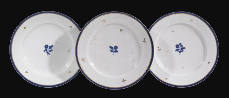 THREE COZZI DINNER PLATES, CIRCA 1770 |