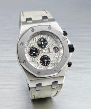 AUDEMARS PIGUET | A LIMITED EDITION STAINLESS STEEL AND TANTALUM AUTOMATIC CHRONOGRAPH WRISTWATCH WITH DATE AND REGISTERS, MADE TO COMMEMORATE 50<sup>TH</sup> ANNIVERSARY OF SINCERE FINE WATCHES <br />CASE F15161 ROYAL OAK OFFSHORE SINCERE EDITION CIRCA 2005