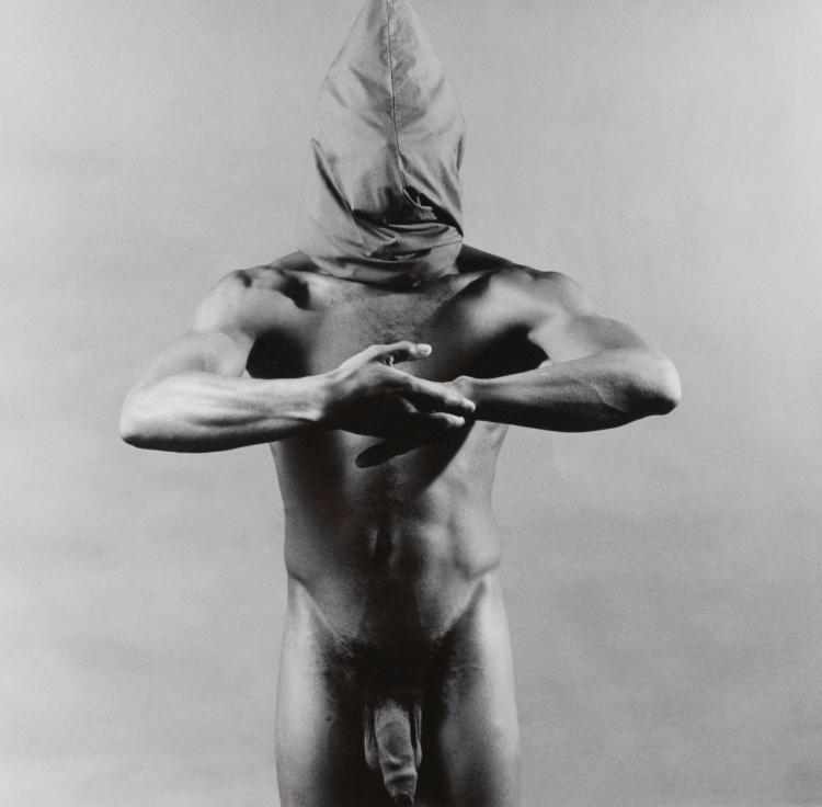 Robert mapplethorpe's controversial man in polyester suit to be auctioned