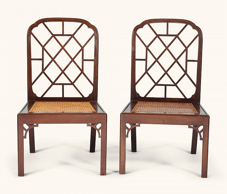 A PAIR OF GEORGE III MAHOGANY SIDE CHAIRS, CIRCA 1760 |