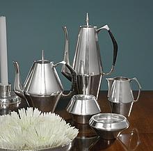 AN AMERICAN SILVER DIAMOND PATTERN FIVE-PIECE TEA AND COFFEE SET, DESIGNED BY JOHN PRIP AFTER GIO PONTI, REED & BARTON, TAUNTON, MA, CIRCA 1960 |