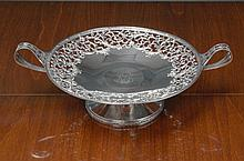 AN AMERICAN SILVER COMPOTE, RETAILED BY TIFFANY & CO., NEW YORK, CIRCA 1915 |