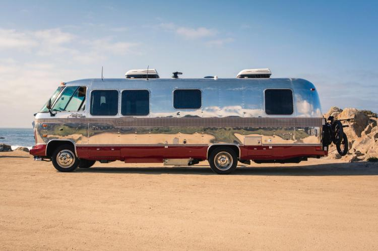 HUNTSMAN AIRSTREAM EXCELLA ONE-WEEK GLAMPING EXPERIENCE |